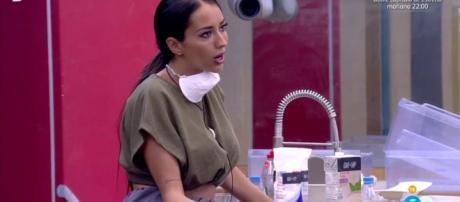 Aurah Ruiz es insultada por una examiga en un video ... - bekia.es