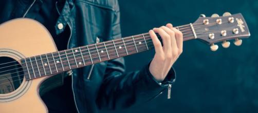 Mulheres supõem que músicos são mais envolvidos emocionalmente. (foto reprodução).