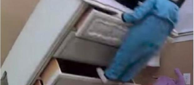 Aprilia, bimbo di 6 anni muore schiacciato da un mobile - Teleclubitalia