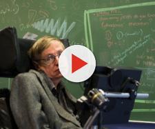Itens de Stephen Hawking serão leiloados.