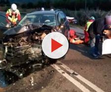 Terribile incidente frontale fra auto: morti marito e moglie, feriti due bambini - Il Mattino