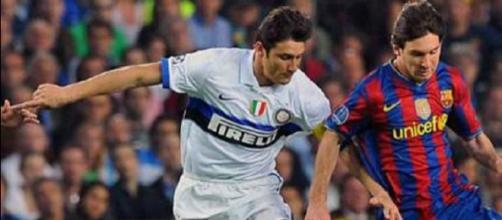 Barcellona-Inter, semifinale di Champions League della stagione 2009/2010: contrasto tra Zanetti e Messi