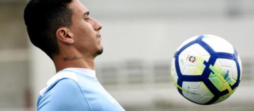 Sem Léo, Dodi pode ser o lateral-direito do Flu contra o Nacional (Foto: Globo.com)