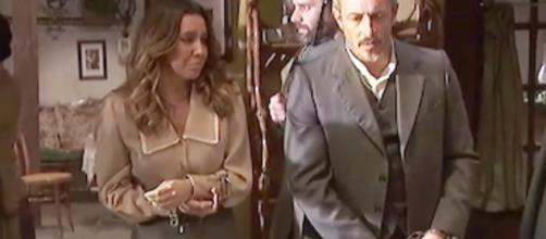 Spoiler, Il Segreto: Alfonso e Emilia seviziati in carcere, Francisca preoccupata per Fè