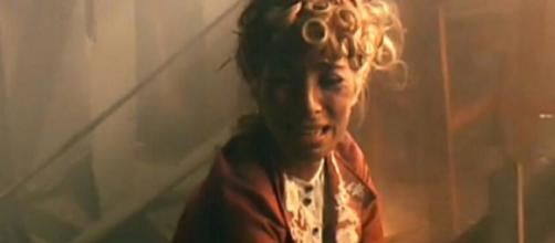 Spoiler, Una Vita: la fine di Cayetana, Mauro salva Teresa dall'incendio