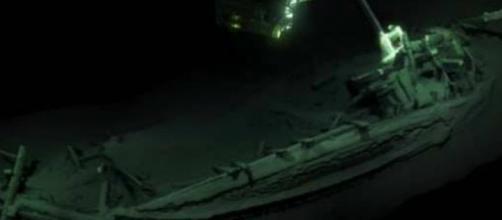 Una embarcación de más de 2400 años de antigüedad fue encontrada en el fondo del mar negro