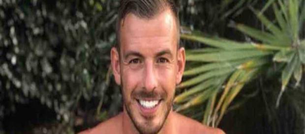 Victime d'une usurpation d'identité, Julien Bert est arrêté par la police tunisienne