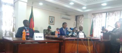 Le Ministre de l'Administration Territoriale Paul Atanga Nji (c) Odile Pahai