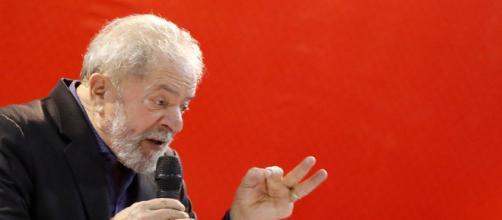 Lula lamenta ações erradas da campanha do PT