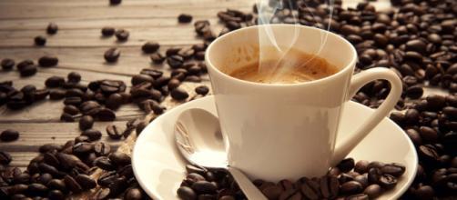 Mulheres que bebem café têm menos chances de desenvolver a depressão