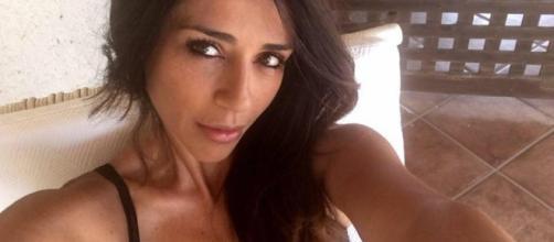 Raffaella Mennoia furiosa su Instagram
