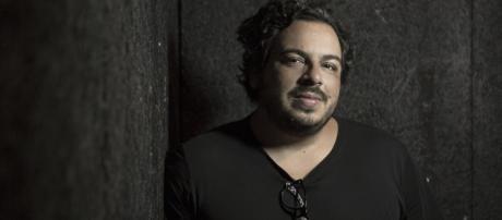 Luis Lobianco conta drama vivido por sua mãe