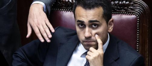 Dubbi sulle tessere per il reddito di cittadinanza, il Pd attacca Di Maio: 'Ha mentito un'altra volta'