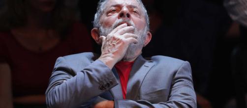 Ex-presidente Lula teme uma vitória avassaladora de Jair Bolsonaro nesta eleição. (foto reprodução).