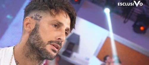 Fabrizio Corona: il cachet per il reality Mediaset sarebbe salito da 40 a 50 mila euro.