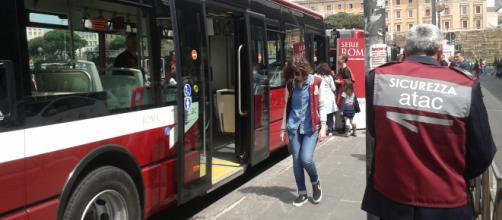 Il referendum consultivo dell'11 novembre potrebbe cambiare il trasporto pubblico romano - dinamopress.it