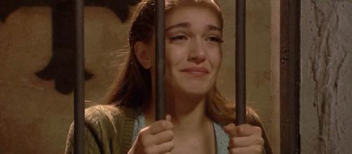 Il Segreto, puntate italiane: Julieta finisce in carcere accusata d'omicidio
