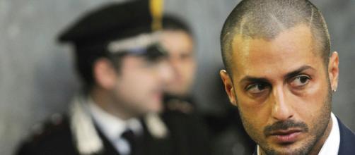 Milano. Fabrizio Corona arrestato insieme alla collaboratrice. 1 ... - agenpress.it