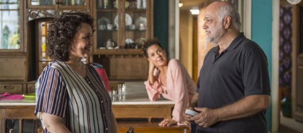 Nice será tratada com amor e respeito por Vicente, que a pedirá em casamento. (Reprodução/Globo)
