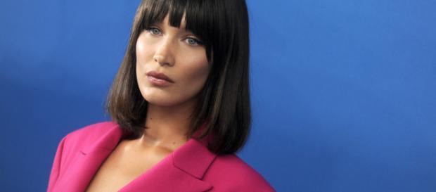 Tagli di capelli autunno  la frangia di Bella Hadid e il colore ... 66b7d9504482