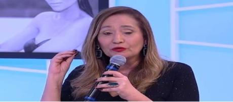 Sonia Abrão fala sobre o pavor do câncer que teve em um dado momento de entrevista