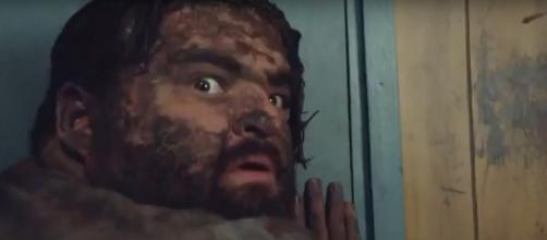 Remembering his camp days, Jerry uncovers the real killer in Hawaii Five-O's Season 9 Halloween episode. [Image source:TVMOVIEPROMOS-YouTube]