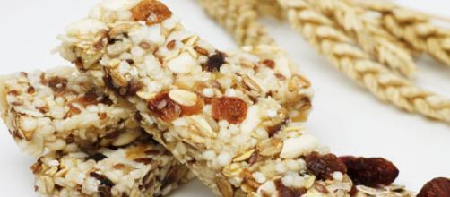 Os ingredientes da barrinha de cereal farão toda a diferença na dienta