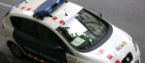 Spagna, rubano la carrozzina ad un bimbo disabile: arrestati dai Mossos d'Esquadra