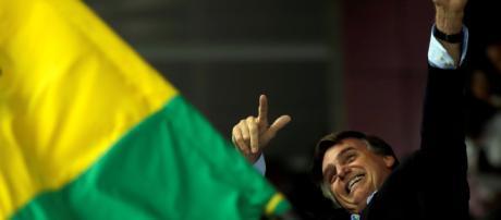 Bolsonaro é eleito o novo presidente do Brasil