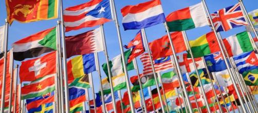 Estudar em outro país é considerado uma conquista pelos estudantes.