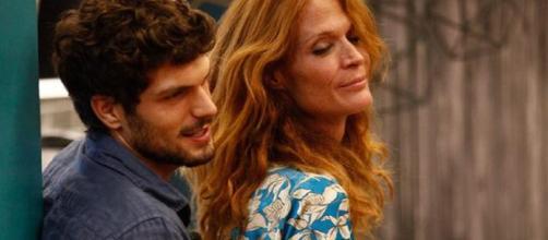 GfVip, bacio tra Jane Alexander ed Elia Fongaro, duro sfogo del fidanzato di lei su Instagram