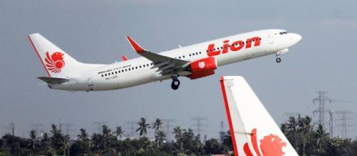 Avión de Lion Air se estrelló frente a la costa de Indonesia
