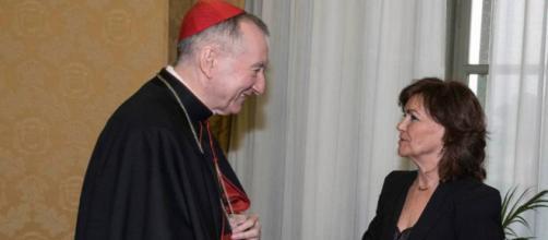 El número dos del Vaticano, Pietro Parolin y la vicepresidenta del Gobierno Carmen Calvo.