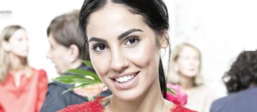 Giulia De Lellis si confida su Instagram: 'Ho paura delle persone, non dell'amore'.