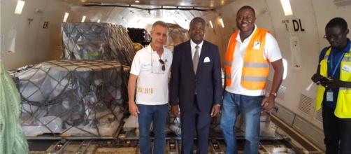 Le matériel restant pour les stades et l'hôtel (c) Serge Tokom