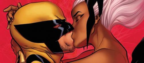 O romance entre Tempestade e Wolverine se manteve firme até a morte do Carcaju. (foto reprodução).