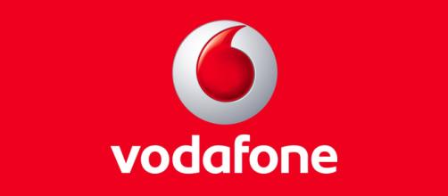 Vodafone e Wind: sfida a colpi di minuti illimitati e 50 Giga