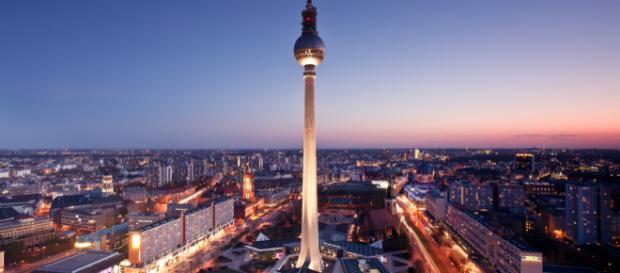 Berlin, ville chargée d'histoire, attire plus de 11 millions de touristes chaque année
