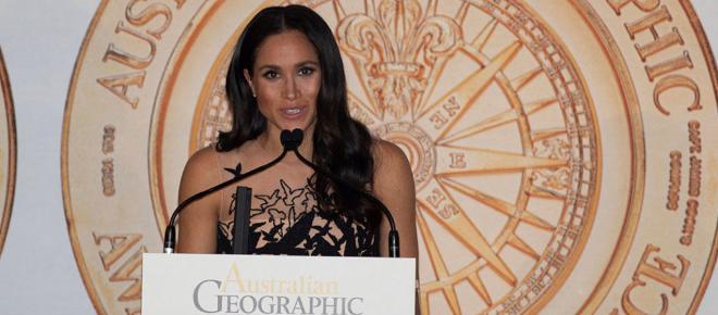Meghan Markle sorprende con un vestido de pájaros de Óscar de la Renta
