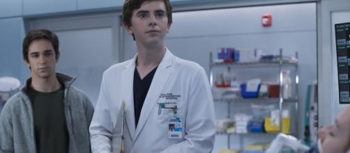 5 razones para ver la serie 'The Good Doctor'