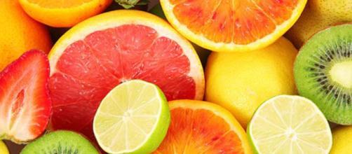Alguns alimentos contêm aminoácidos e vitaminas que diminuem o estresse, combatendo a ansiedade e aumentando os níveis de serotonina.