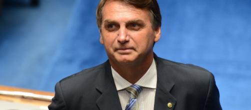 Bolsonaro cresce na intenção de votos entre as mulheres