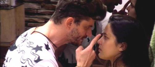 Marcos Harter e Emilly Araújo (Reprodução GShow)