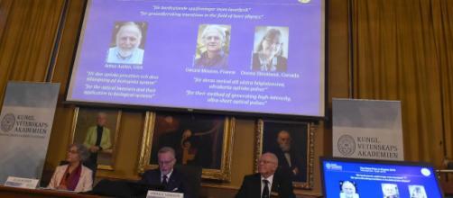 Premio Nobel per la Fisica ad Askin, Mourou e Strickland, pionieri ... - gazzettadiparma.it