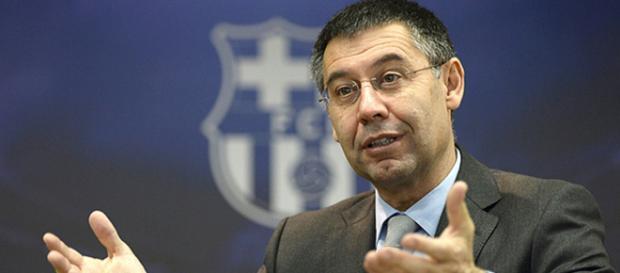 O presidente do Barcelona, Josep Maria Bartomeu, durante uma entrevista