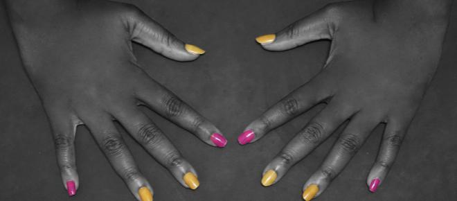 Tanzanie : ongles et cils artificiels proscrits aux parlementaires