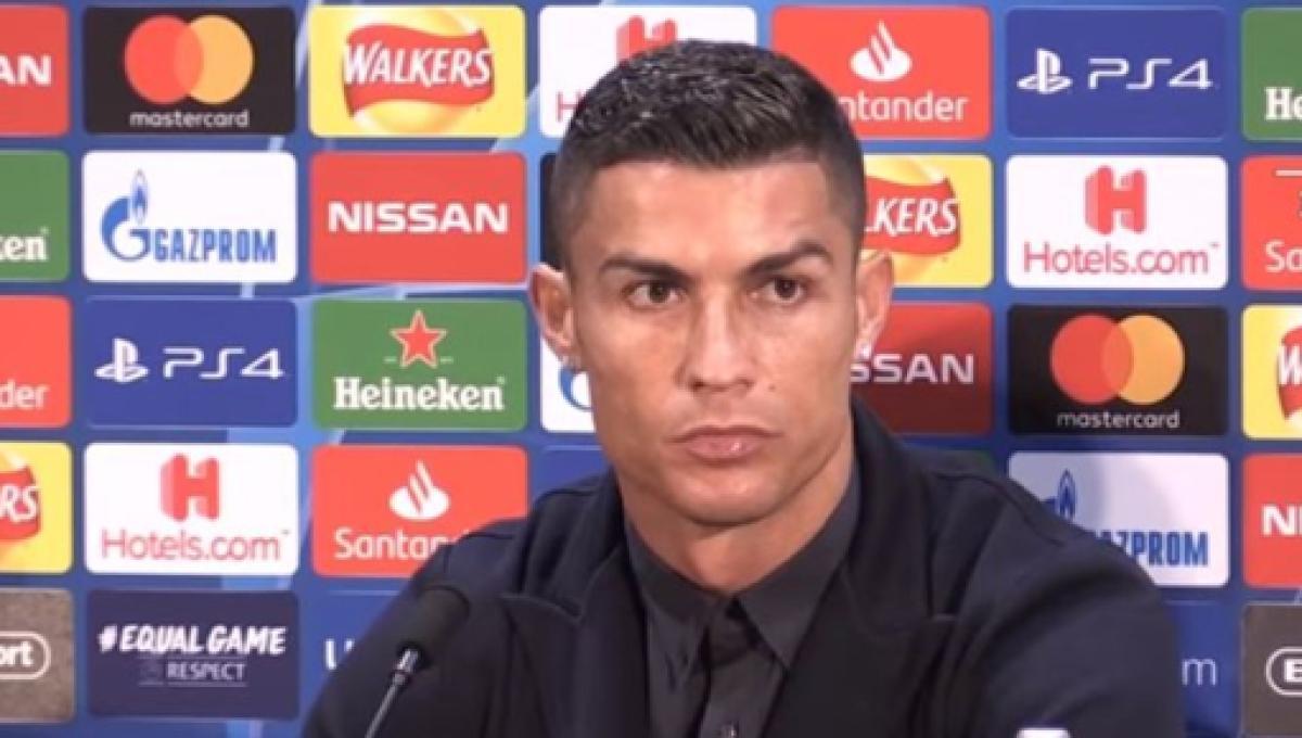 Cristiano Ronaldo Tops Instagram With Over 144 Million Followers