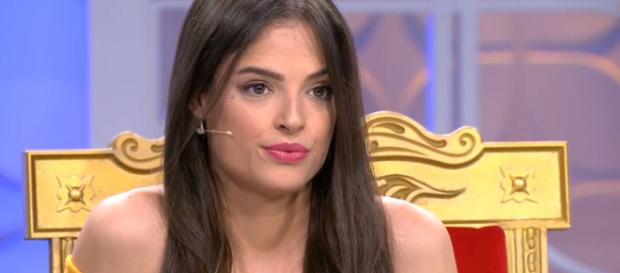 Maira sospecha que Marco quiere volver con su ex y le exige explicaciones al chico