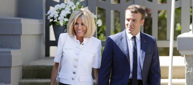Emmanuel macron a décidé de vider son agenda après les demandes de sa femme Brigitte Macron