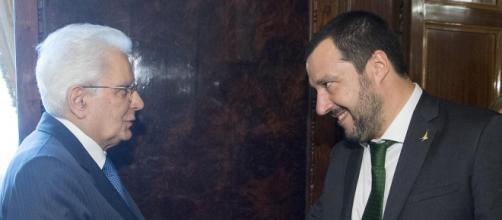 A destra: Matteo Salvini. A sinistra: Sergio Mattarella (immagine via Google)